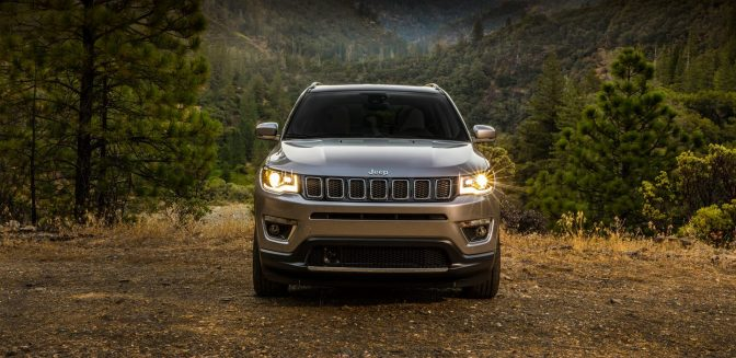 2017-Jeep-Compass-VLP-Gallery-Limited-Front-Head-On.jpg.image.1440.jpg